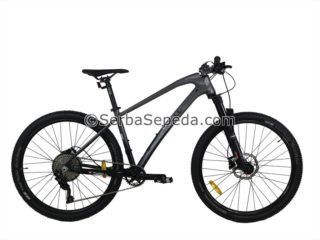 Sepeda Thrill ravage 1 Black on Black 2020 fullbody